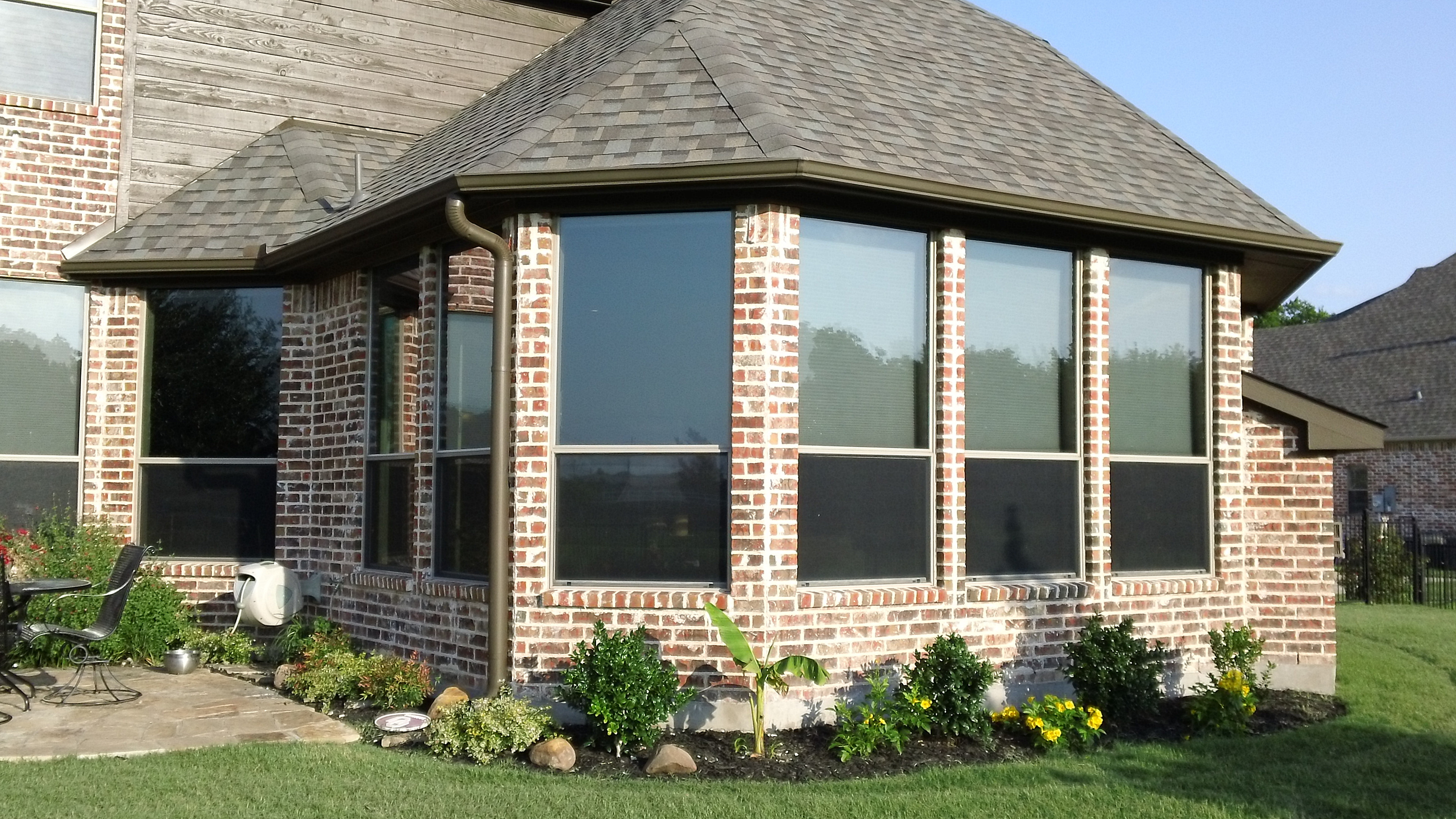 Residential tinting company tint masters edmonton for Windows for residential homes